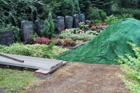 Das Grab ist geschaufelt!